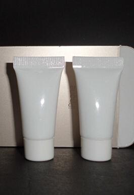 5ml white plastic tube